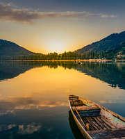 Romantic Kashmir Honeymoon Package