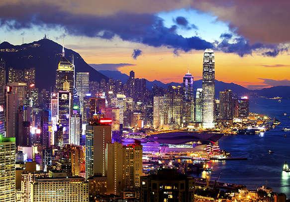 Feel at one with Hong Kong