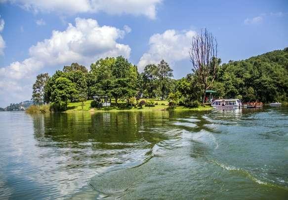 Measure the beauty of Shillong through Umiam lake