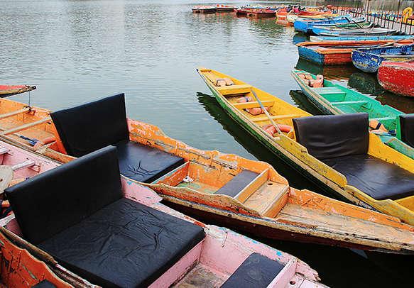 Experience the fun of boating in Nakki lake