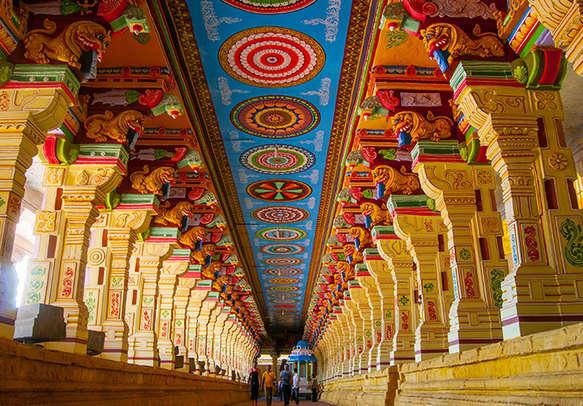 Watch the beauty of Rameshwaram Temple interiors