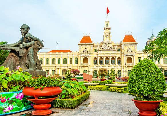 Marvel at the beauty of Ho Chi Minh City