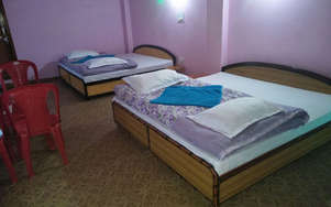Parvati Cafe Guest House