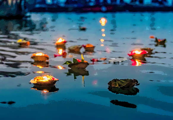 Offerings at Haridwar