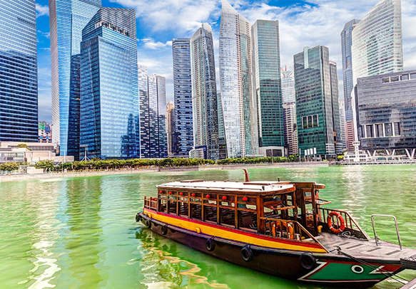 Enjoy a day with your inner kid on this Singapore tour