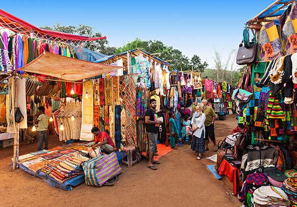 Have fun in Goa night market