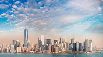 See the beauty of manhattan skyline