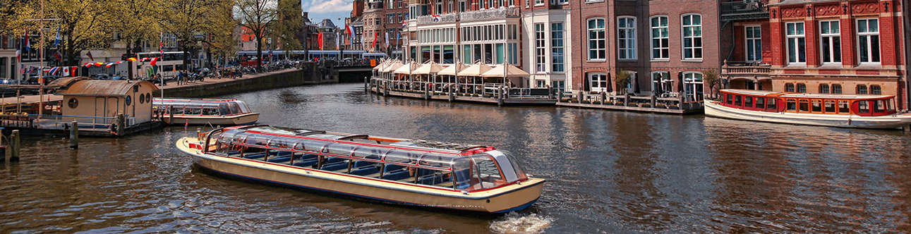 Visit Canal Cruise in Amsterdam