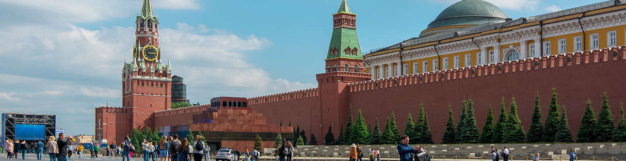 Lenin Mausoleum is a ideal for a day visit
