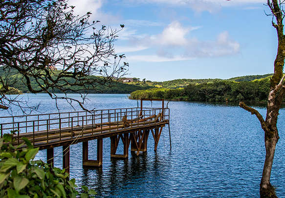 Take a boat ride along the Venna lake amidst the forest-clad hills