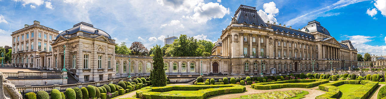 Visit the Beautiful Royal Palace of Brussels