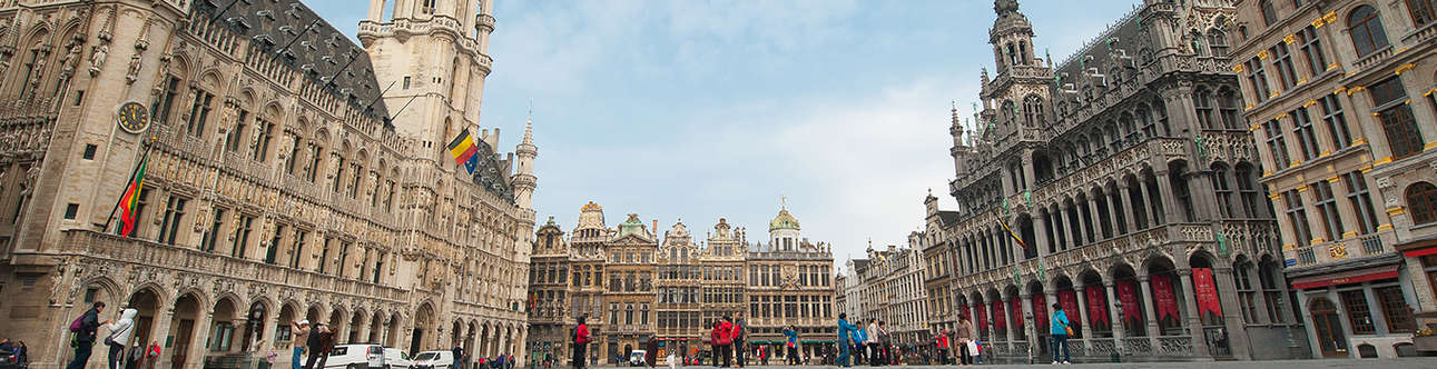 See the amazing structure of Town Hall Brussels
