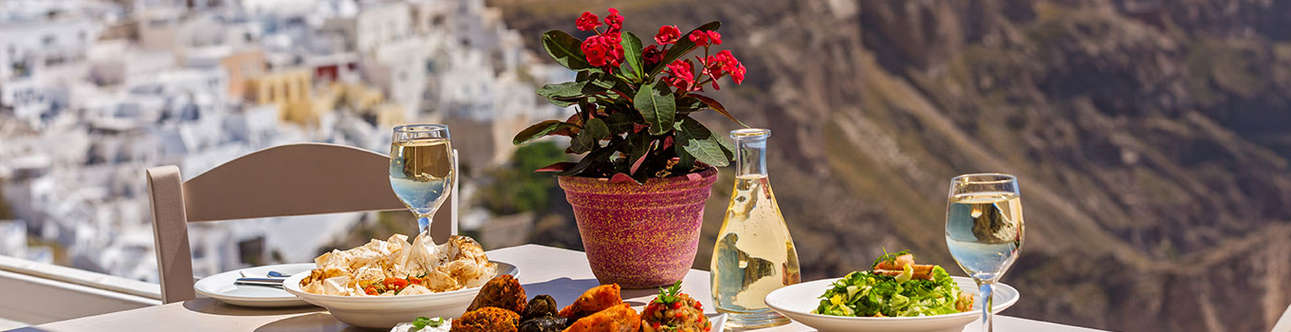 Have Amazing time at Wine Tour To Santorini