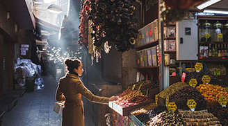 Visit the Grand Bazaar in Istanbul