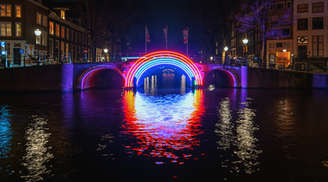 Enjoy colourful lights here