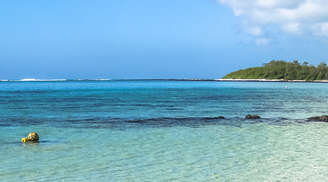 Have Fun at the Blue Bay in Mauritius
