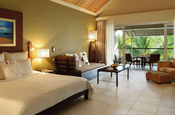 Victoria Beachcomber Resort & Spa