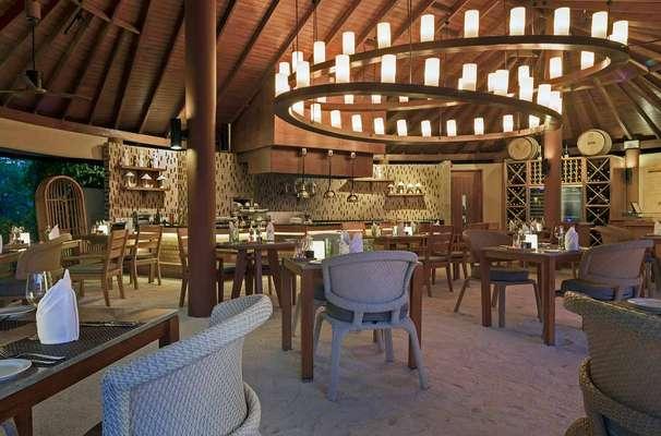 Centara Ras Fushi Resort & Spa Maldives