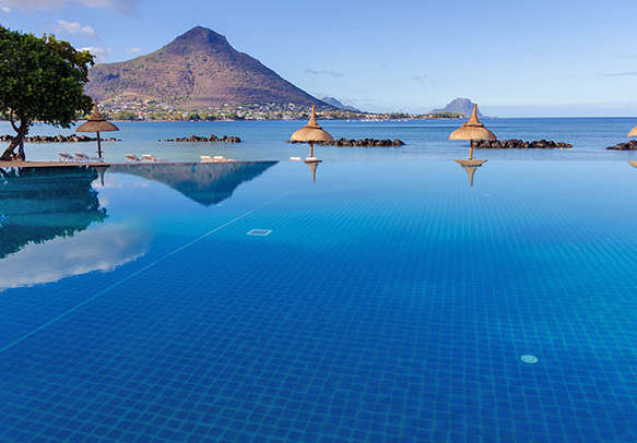 Be the witness to surreal beauty of Mauritius landscape