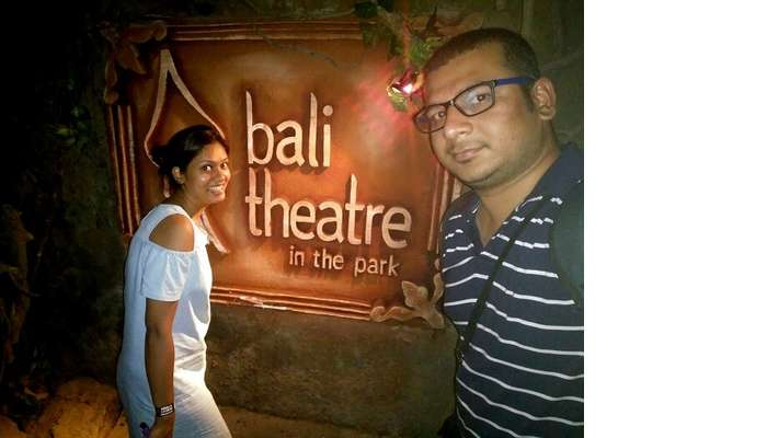 Theatre in the park, Bali
