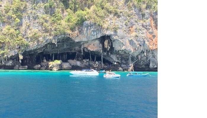 island tour of phi phi