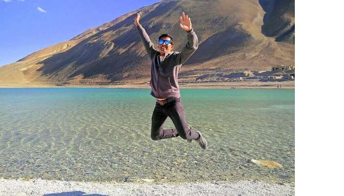 ninad jumping at pangong lake