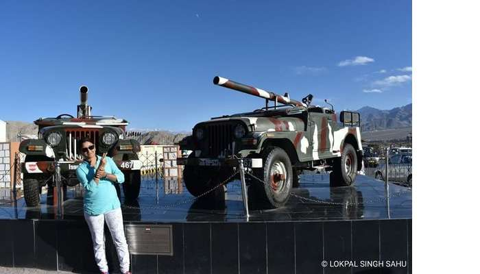 lokpal romantic trip to ladakh: war memorial