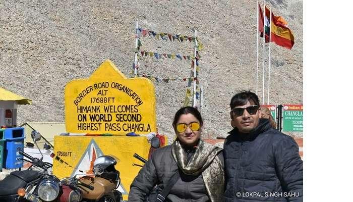 lokpal romantic trip to ladakh: standing near changla pass