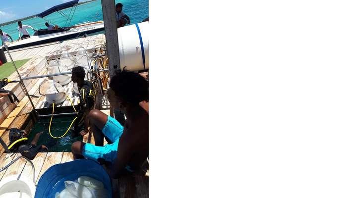 Himanshu honeymoon trip to Mauritius: speedboat jetty