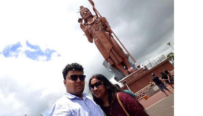 Himanshu honeymoon trip to Mauritius: near Lord Shiva statue
