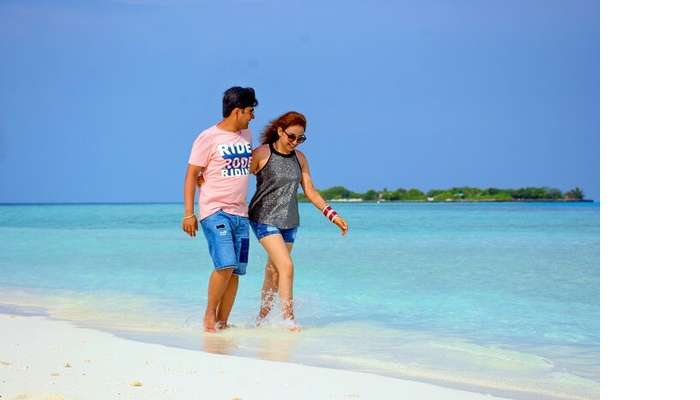 ankit wadhwa maldives honeymoon: photoshoot beach walk
