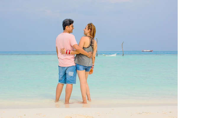 ankit wadhwa maldives honeymoon: photoshoot beach relaxing