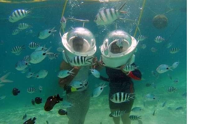 Himanshu honeymoon trip to Mauritius: underwater sea walk