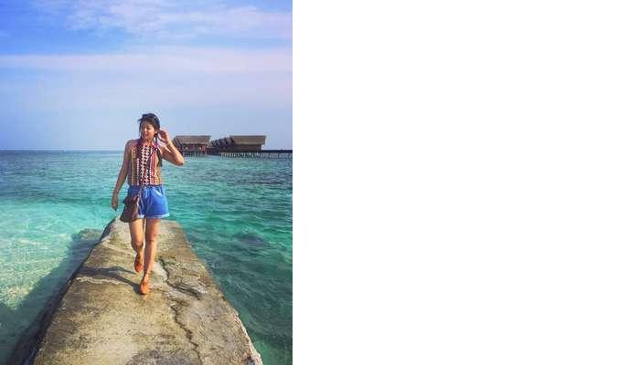 sushmita maldives honeymoon: posing near villas