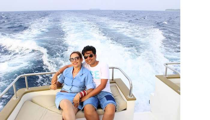 ankit wadhwa maldives honeymoon: priyankit dolphin cruise