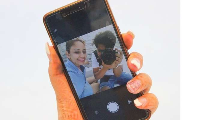 ankit wadhwa maldives honeymoon: picture of selfie