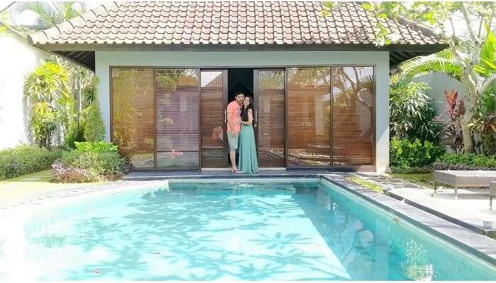 couple in kunti villas