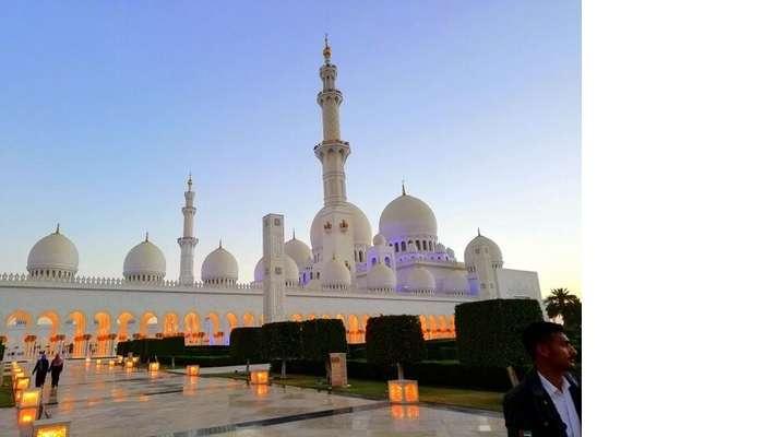 ashish singhal dubai honeymoon trip: sheikh zayed mosque