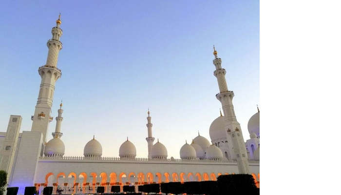 ashish singhal dubai honeymoon trip: sheikh zayed mosque exterior