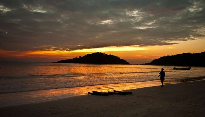 The mesmerising sunset makes Palolem Beach puts it among the most beautiful beaches in South