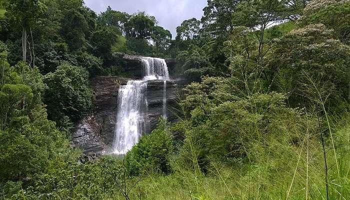 Wewessa Ella Waterfall