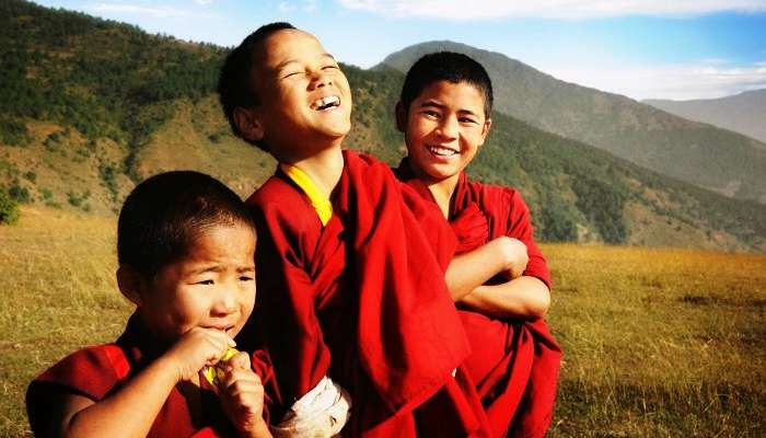 Volunteer with the monks in Sikkim