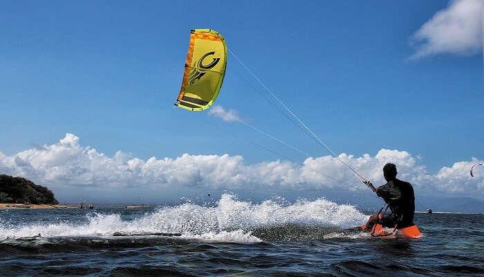 Watersurfing in Sanur
