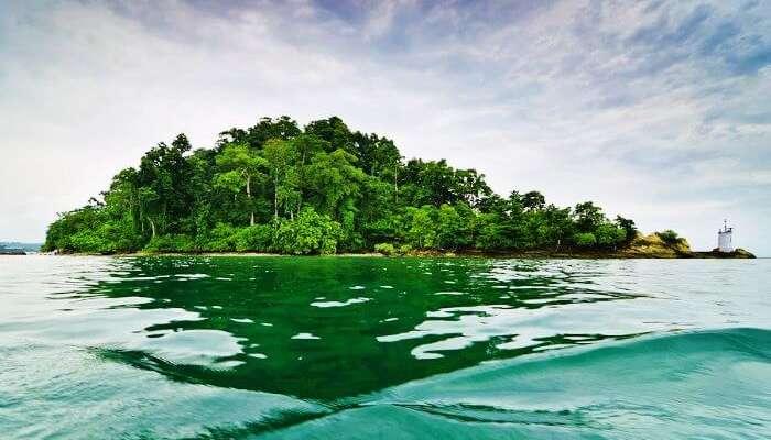 Andaman'daki Havelock adaları dünyanın en romantik balayı noktaları arasındadır.