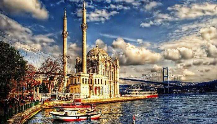 Istanbul is the best place to visit in turkey for couples