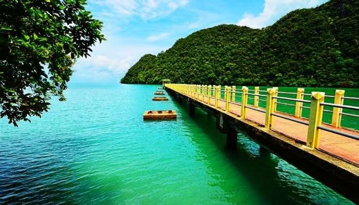 Popüler Langkawi, dünyadaki en iyi balayı destinasyonları arasındadır.
