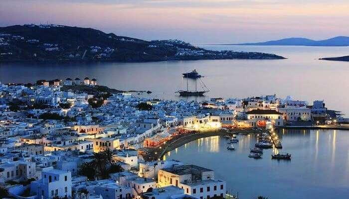 Yunanistan'daki Mikonos Kikladları, dünyanın en romantik yerlerinden biridir