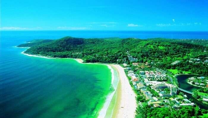 Avustralya'daki Sunshine sahilinin kuş bakışı görünümü