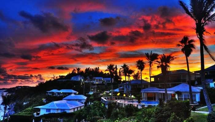 Bermuda'nın dramatik gökyüzü cennet gibi romantik bir kaçış sağlar