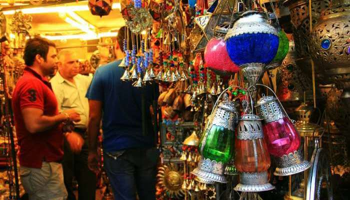 A shop selling antiques in Janpath Market